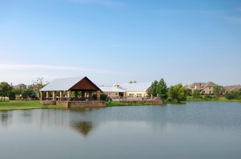 lantana-north-community-center-w-lake-view
