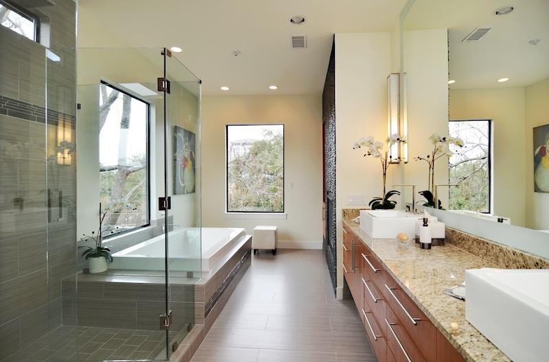 colgate-bath