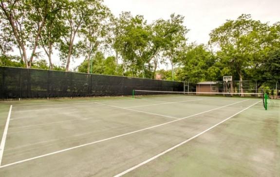 11323 Ricks Circle tennis