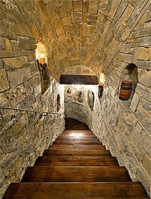 12780 Hilltop Wine Cellar Stairway