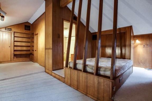 1658 Nob Hill Loft