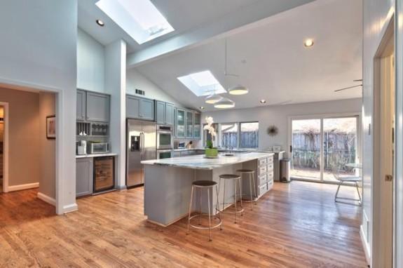 17203 Earthwind Kitchen