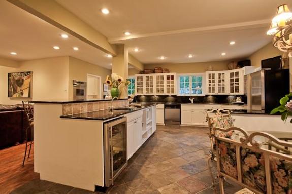 1818 W. Colorado Kitchen