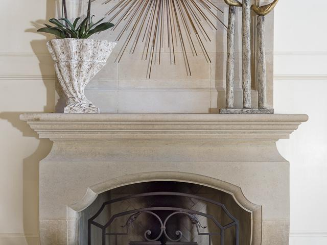4923 Delaoche fireplace