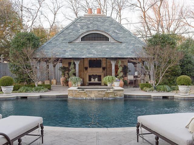 4923 Deloach pool cabana