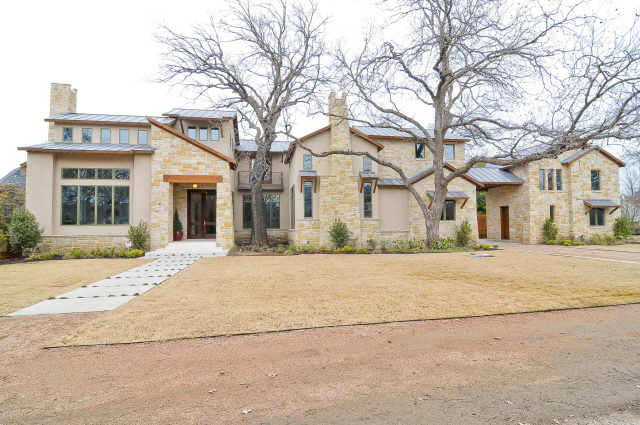 Yu Darvish bought house for dogs