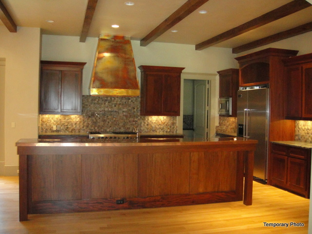 5233 Stonegate kitchen