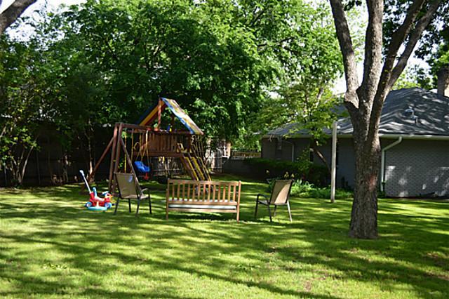 7317 Fieldgate Backyard 2