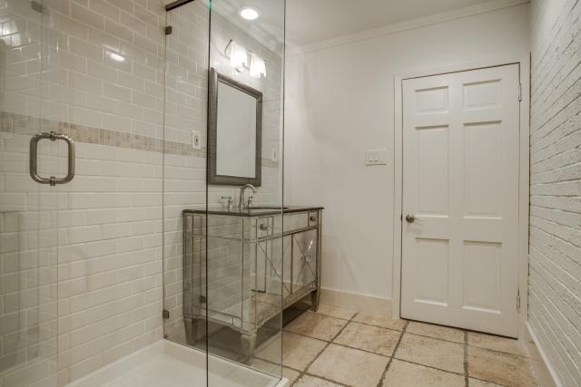 8507 Briarwood Master Bath