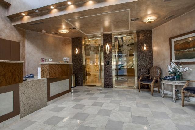 The Bonadventure elevators