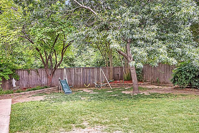 11045 Carissa Backyard