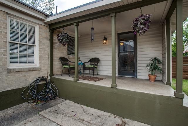 2531 W 10th Back Porch