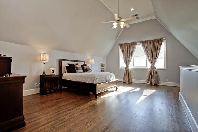 2805 Thomas Master Bedroom