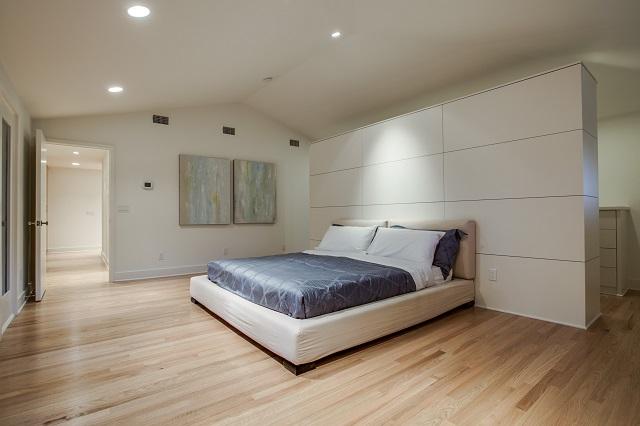 5526 W  University  Master Bedroom