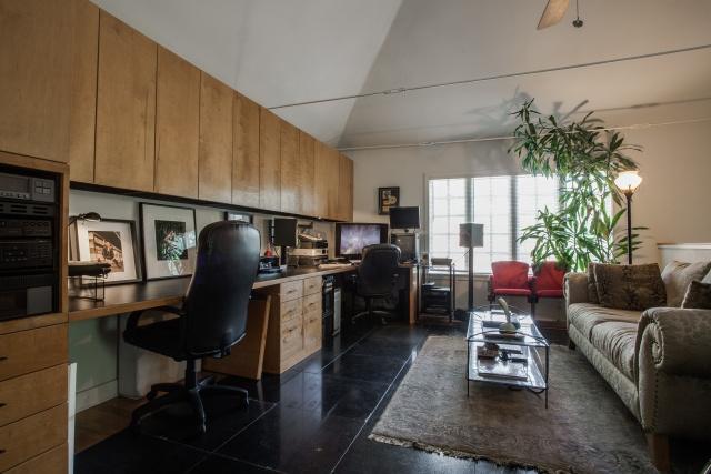 6118 Ellsworth Office