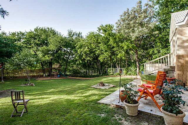 6819 Santa Fe backyard