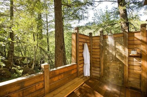 Calistoga-Ranch-shower