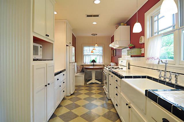 1214 Tucker Kitchen