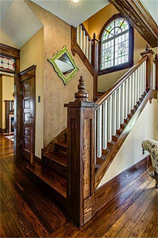 2113 Mangum Staircase