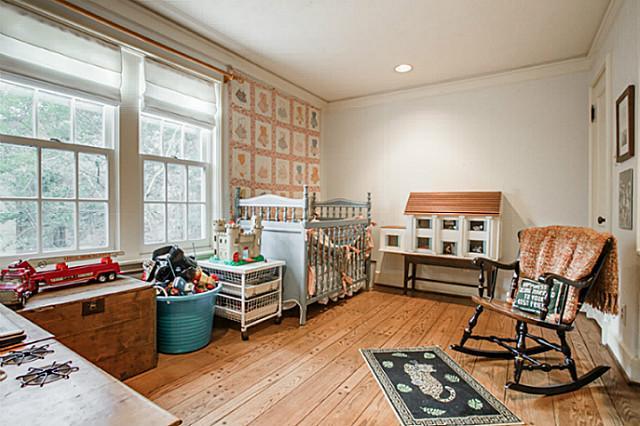 3441 University grandchildren room