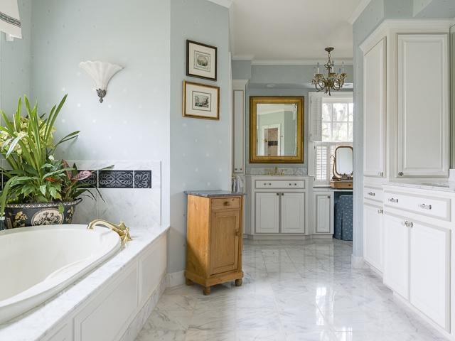 4412 Belclaire master bath