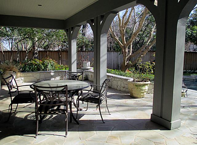 4707 Chapel Hill patio