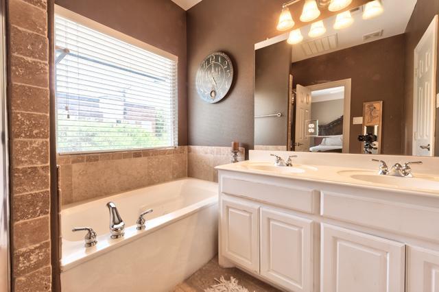 5702 Hudson Bath