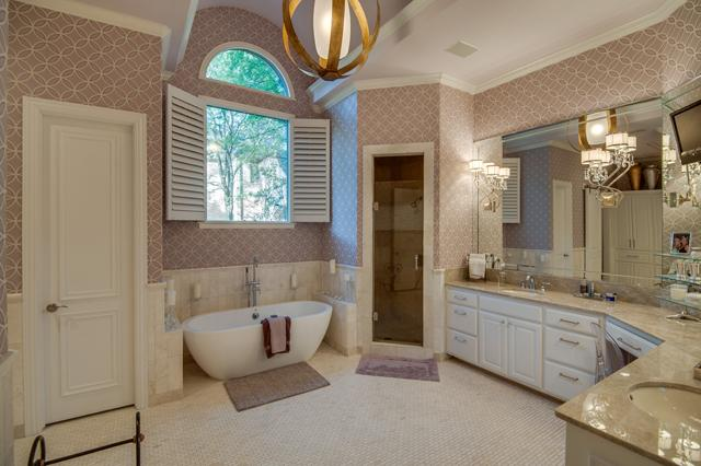 732 Lexington Master Bath