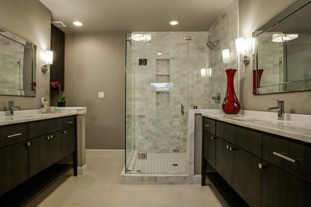 8836 Grenore Master Bath