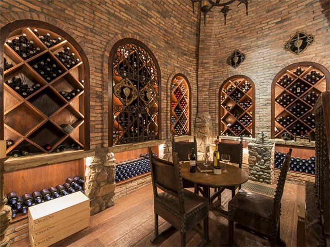 10777 Strait Lane wine cellar