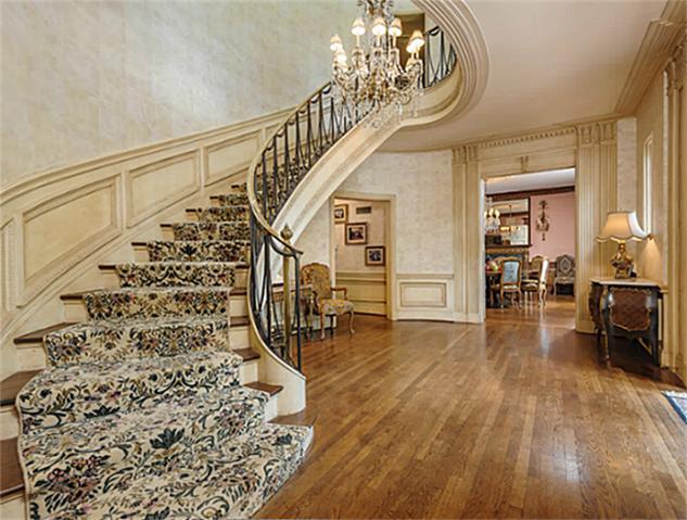 4307 Armstrog stairway