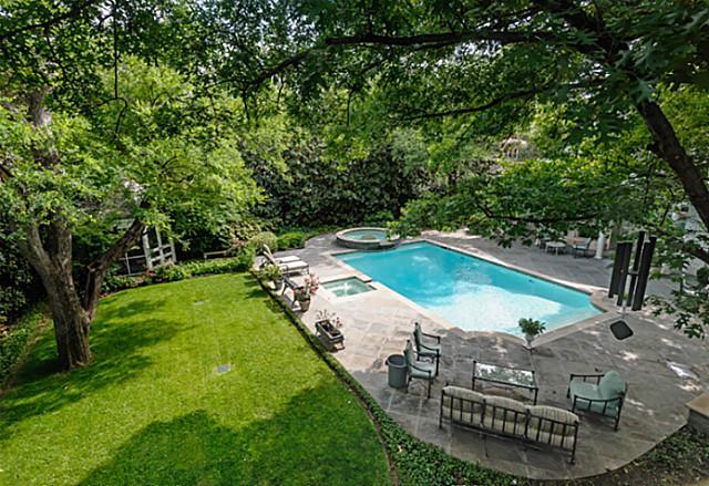 4307 Armstrong pool