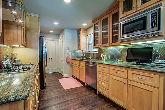 6202 Monticello Kitchen 1