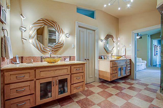 6202 Monticello Master bath 1