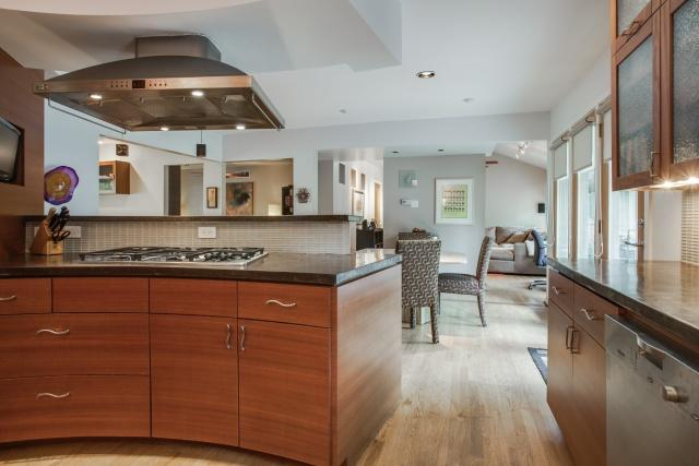 9623 Athlone Kitchen 3
