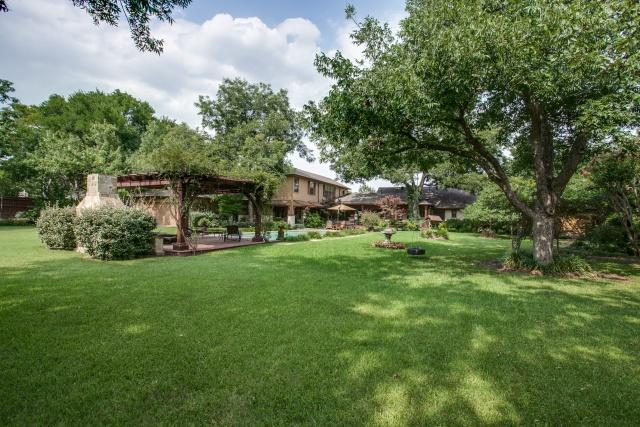 1545 Buckner Backyard