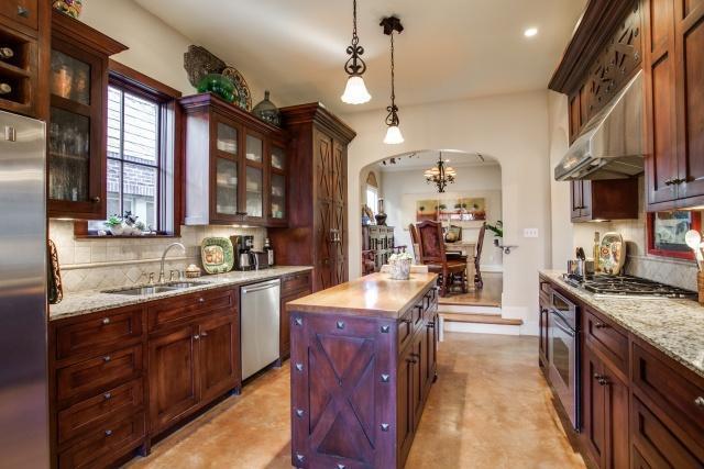 3624 Vintage Place Kitchen