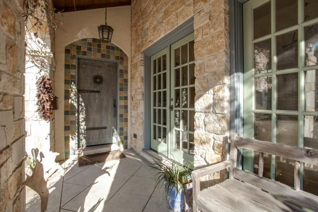 3624 Vintage Place Porch