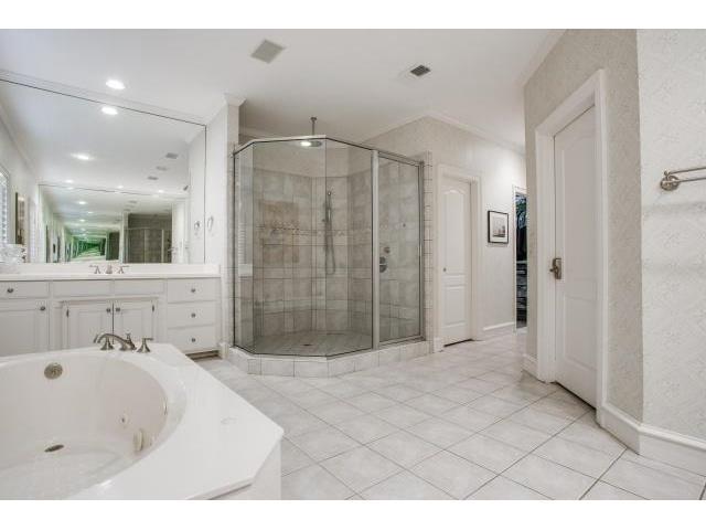 4029 Southwestern master bath