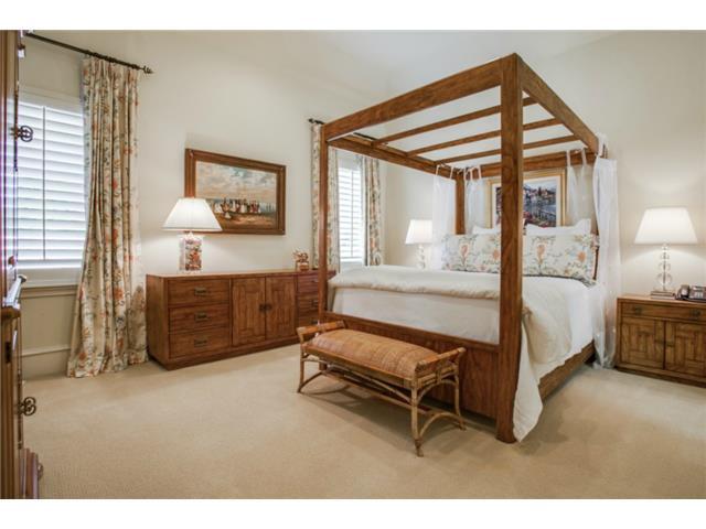 6229 Tulip bedroom2