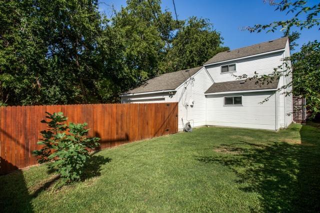 8630 Angora Backyard