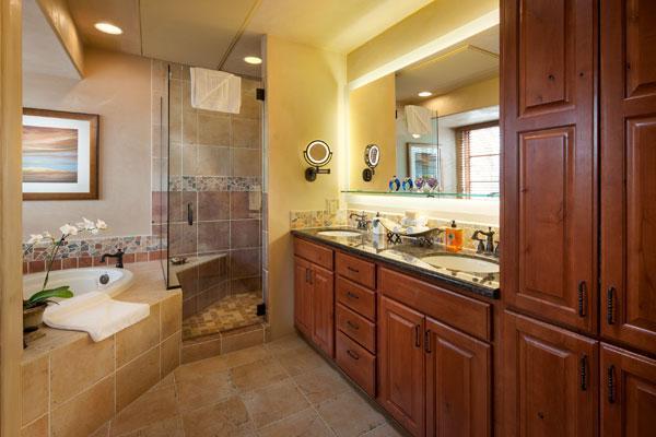 El Corazon Bath