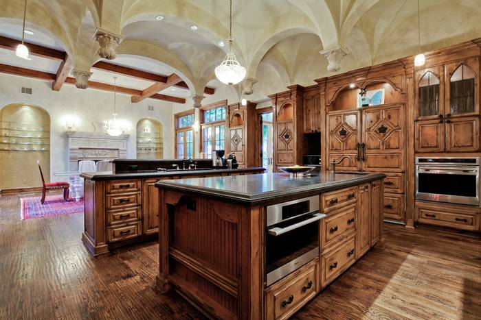 M mansion kitchen - Home plans with large kitchens ...