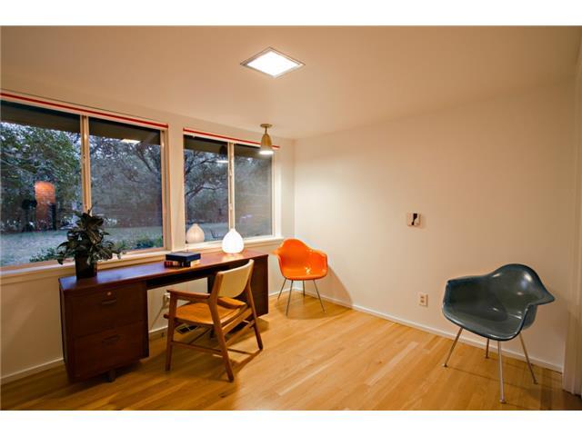 10722 Royal Springs Office