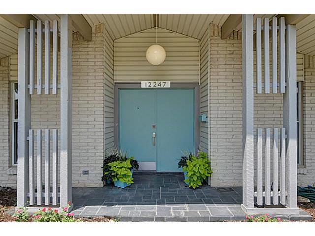 12247 Cox Front Door