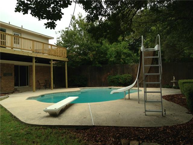 2352 Wildoak Pool