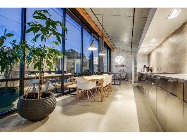 456 Remuda kitchen