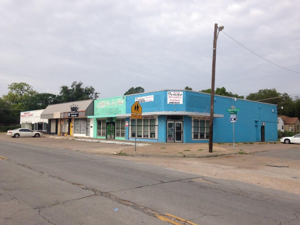 Elmwood - business district pics (4)