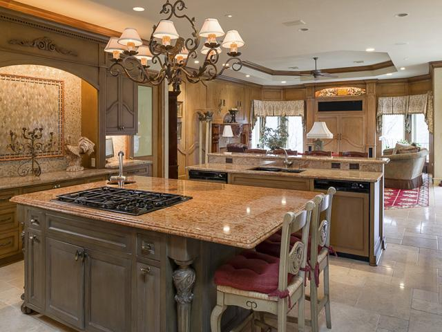 Gourmet kitchen with all the bells & whistles including 2 dishwa