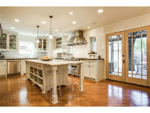 4420 Windsor Kitchen 3